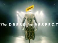Schweppes y un vestido para concienciar contra el acoso sexual